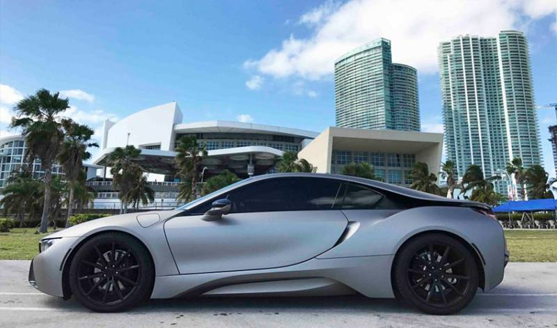 Exotic Car Rental Miami-limoserviceus.com-bmw-I8