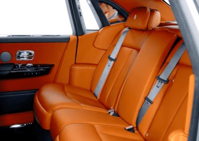 Rolls-Royce Phantom-rear-seats
